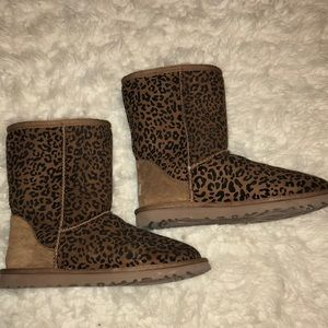 UGG Shoes - Cheetah print UGGS!